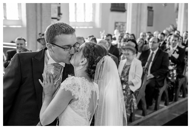 Hengrave_Hall_Wedding_Photography_Hampshire_0051.jpg