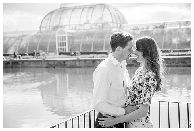 Kew Gardens Engagement Photography, London Wedding Photographer _ The Cole Portfolio 3