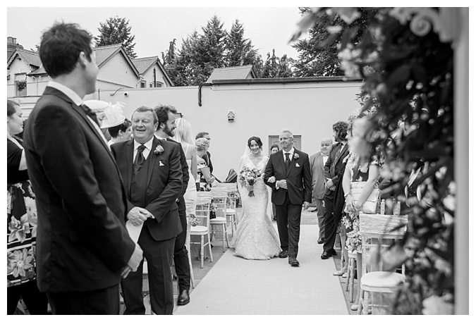 Southdowns Manor Wedding Photography Hampshire_0031.jpg